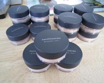 Escentuals Bare Minerals Foundation/Finishing Powder
