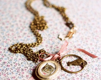 Cat Necklace. Cat pendant. Cat jewelry accessories. Gift for girlfriend. Jewelry Under 20. Cat gift for vintage cat accessories lovers