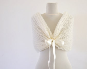 Ivory Bridal Cape Wedding Wrap Bridal Shrug Mohair with Ribbon Cream Pearl Chic Romantic Elegant Knitted Bow Shawl