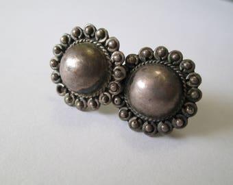 Vintage Sterling Flower earrings