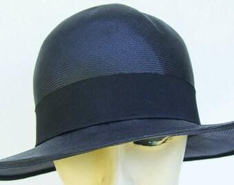 7 1/4 - 1920's Vintage Black Straw Women's Cloche Hat