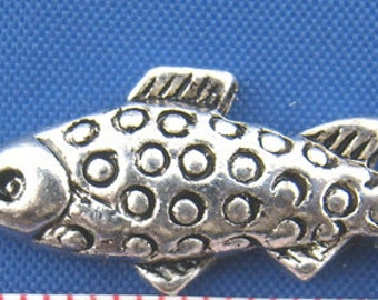 fish charm pendant silver color jewelry findings supplies quantity 5  DRW425