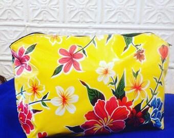 """17"""" Oil Cloth Laptop/Portfolio Case, Yellow Floral Computer bag, Vinyl Envelope Clutch Bag"""