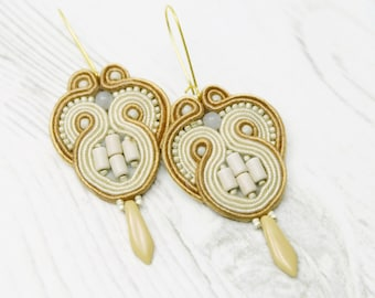 Small Beige Soutache Earrings-Small Everyday Earrings-Beige Cream Earrings-Small Neutral Earrings-Everyday Jewellery-Small Bohemian Earrings