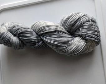 Yarn, Hand dyed yarn, Gray Yarn Superwash Merino/Nylon,Sock Yarn, Knitting Yarn, Crochet Yarn - A Cloak of Mist