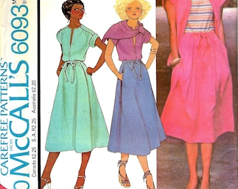McCall's 6093 Misses Stretch knit Top, Skirt And Scarf Pattern, Size 20, Bust 42, UNCUT