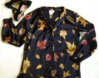 1980s Vintage 80s NOVELTY PRINT Falling Leaf Print Black Satin Blouse M/L