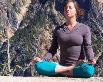 Organic Hemp Inspire Capris - Organic Yoga Clothing