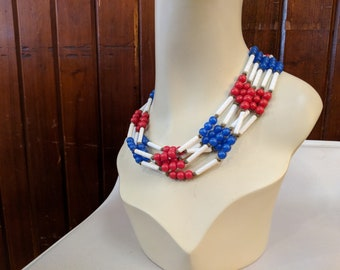 1980S // 4TH OF JULY // Red. White, and Blue Beaded Single Strand Necklace