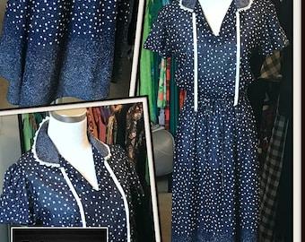 Vintage Navy Blue White Floral Print Dress 1970s Belt Lace Trim