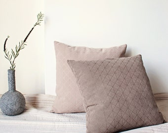 Nude Pillow, Pastel Geometric Pillow, Patterned Pillow, Textured Cushion, Scandinavian Grid Pillow, Neutral Cushion, Minimal Modern Throw