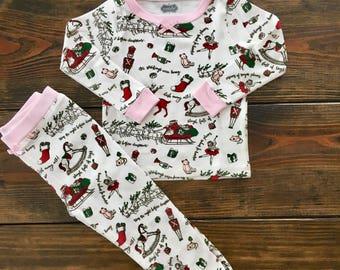 Girly Very Merry Cotton Pajamas