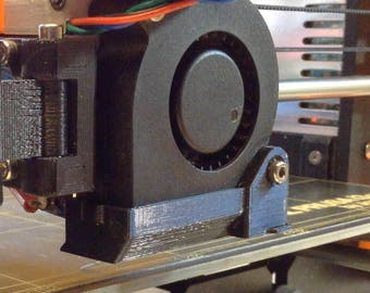 Flipping Funnel for Prusa i3 MK2 by Maximpulse