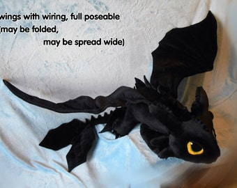 How to Train Your Dragon inspired Toothless the Night Fury (giant size 125 cm long) plushie, made of minky, poseable, MADE TO ORDER!
