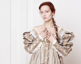 Renaissance Italian white woman dress 15th - 16th century