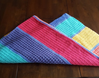 Comfy & Colourful baby blanket