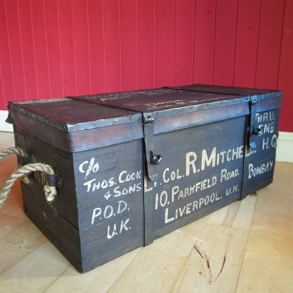 ANTIQUE VICTORIAN CAMPAIGN Military Footlocker Trunk Storage Chest Coffee Table Reclaimed Vintage Bound Box