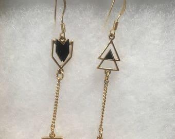 Boho arrow earrings. Dangly gold and black