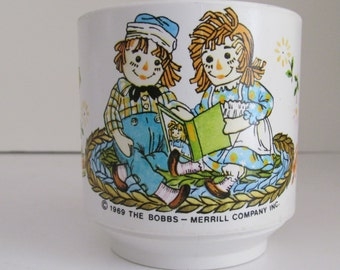 Story time Raggedy Ann Raggedy Andy Cup Raggedy Ann Dolls Raggedy Ann Vintage Baby Cups Raggedy Ann Dolls Raggedy Andy Doll