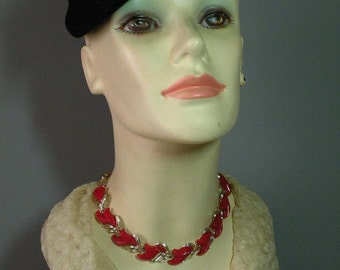 Vintage Ruby Thermoplastic Link Necklace