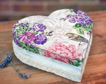Jewellery heart box, Romantic handmade wooden box, Heart box, Romantic jewellery box, Wooden heart, Decoupaged box