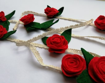 Wool Felt Flower Garland - Floral Decoration - Rose and Rosebud