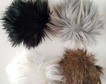 Interchangeable Pom Poms / Magnetic Snap Pom Poms / Faux Fur Pom / Yarn Pom / Optional Pom Hat