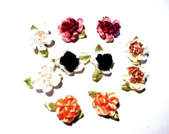 Set of 10 assorted color fabric flowers