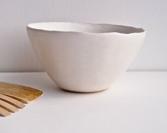 Handmade simple white ceramic bowl, white pottery bowl, ceramic serving bowl, white ceramic tableware, cereal bowl,ceramic dish,pottery dish