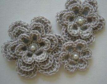 Crocheted Flowers - Silver Mist with a Pearl - Cotton Flowers - Crocheted Flower Appliques - Crocheted Flower Embellishments