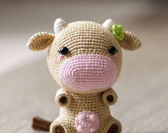 "Crochet Pattern of Cow Mia from ""AradiyaToys Design"" (Amigurumi tutorial PDF file)"