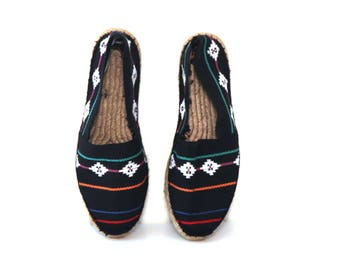 Vintage 80s shoes Espadrille slip ons sam and libby woven ethic baja