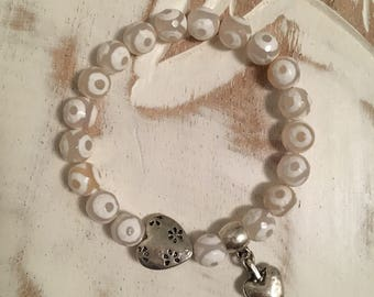 Handmade white natural Tibetan agate silver heart bracelet, mothers day gift, gift for her, gift for bridesmaids