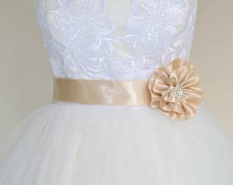 Bridal belt, Champagne Bridal sash, Floral Bridal Belt, sash belt, Champagne bridal belt, Flower wedding sash, Flower wedding dress belt
