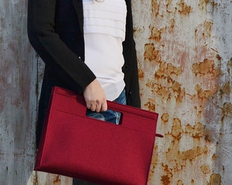SALE - Felt HANDBAG / burgundy bag / wool felt bag / felt handbag / womens bag / square bag / handmade in Italy