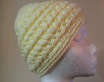 Womens crochet hat off-white