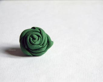 Green lapel pin - Men lapel flower - Flower buttonhole - Fabric boutonniere - Wedding boutonniere. Leaf green. Green wedding