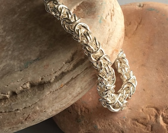 Byzantine Weave and Pearl Bracelet