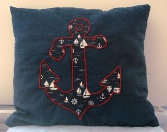 Decorative anchor appliqué cushion