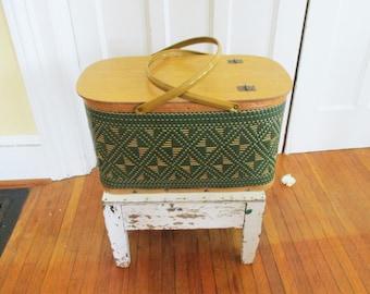Vintage Picnic Basket Hawkeye Burlington Large Green Woven Diamond Pattern Wood Metal