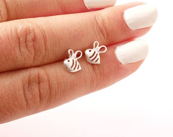 Sterling silver tiny bees stud - minimal stud earrings - everyday earrings - girl silver stud - bee earrings - cute earrings - girl stud