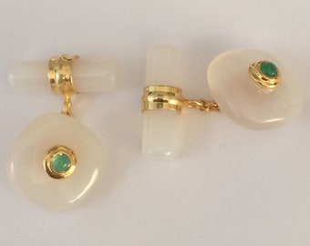 Gilt cufflinks with collet set Emerald in Chalcedony cabochons