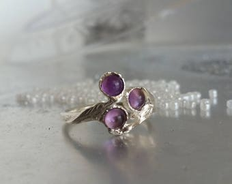 Amethyst ring, stacking ring, Branch silver ring, Flower ring, Botanical ring, Unique silver ring, Engagement ring, Twig ring, Unique ring