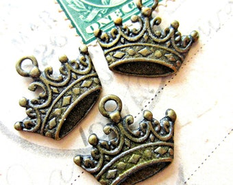 10 Bronze crown charms jewelry making supplies royal pendants 24mm 17mm lead free A155