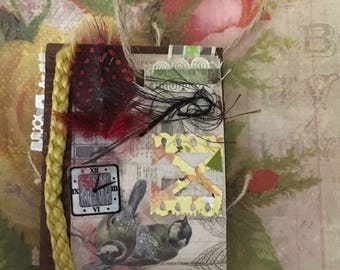 Tag 107 Bird and Button Tag  Bookmark