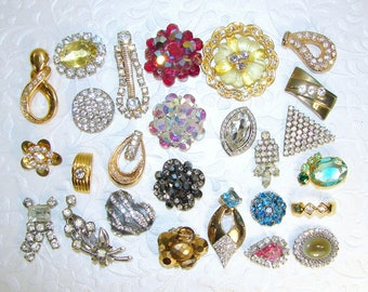 26 Pc Single Earring Lot Craft Earrings BACKS REMOVED Rhinestone Crystal Cluster Yellow Red Aqua Blue Gold Craft Hair Jewelry Mosaic Crafts