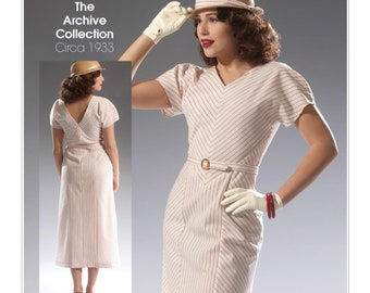 McCall's M7153 Size 6-14 or 14-22 Misses' Retro V-Neck Dress and Belt Sewing Pattern / Uncut FF