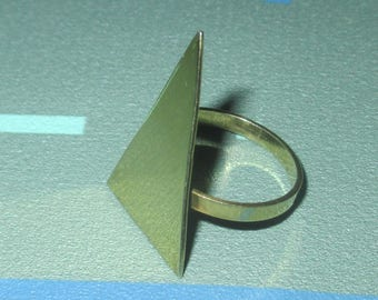 Vintage Modernist Triangle Geometric Gold Tone Ring
