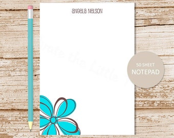 daisy personalized notepad . mod daisy note pad . flower notepad . personalized stationery . womens stationary