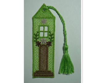 Bookmark lace olive green cottage with passementerie tassel